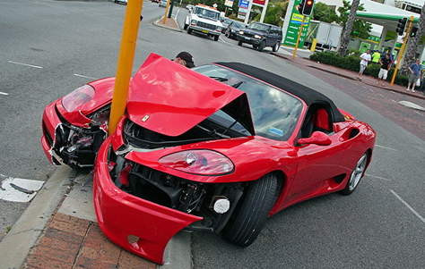 5Australia-Ferrari-360-Crash