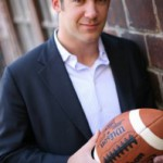 Pro Football Player Turned LinkedIn Expert with Lewis Howes