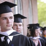 Why Young Entrepreneurs MUST Go to College