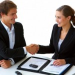 Pros and Cons of Hiring Consultants For Your Startup