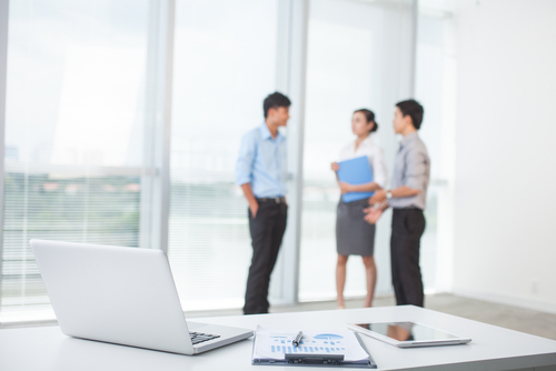 How To Navigate Office Relationships