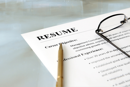 fresh out of college 10 resume writing hacks to land an interview