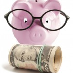 10 Tips on How to Save Money in College